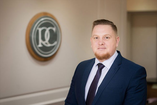 Ramsey Crookall has recruited Stephen Meadows to join its dealing and advisory broking Team.